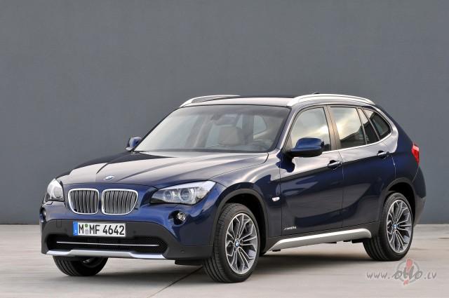BMW X1 foto attēls