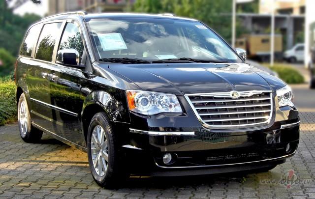 Chrysler Grand Voyager foto attēls