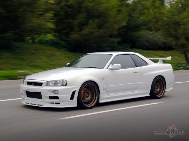 Nissan Skyline foto attēls