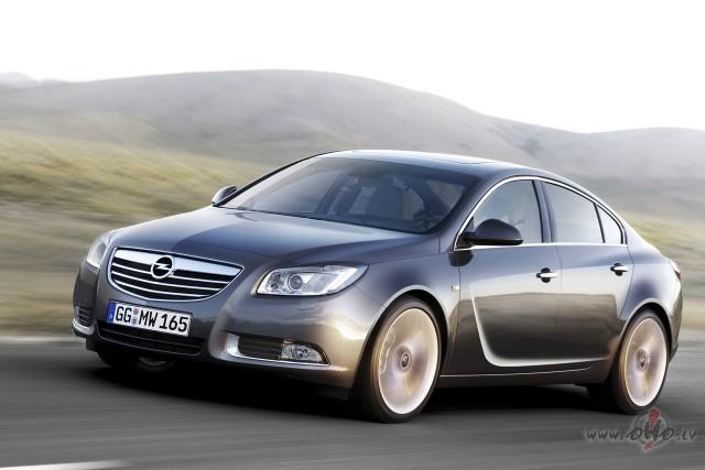 Opel Insignia foto attēls