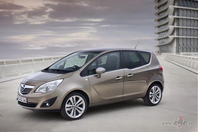 Opel Meriva foto attēls