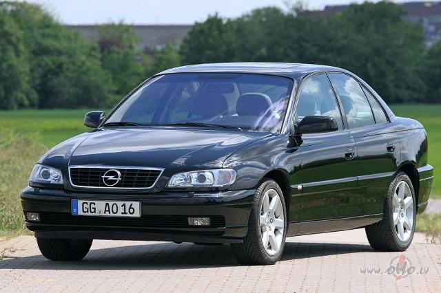 Opel Omega foto attēls