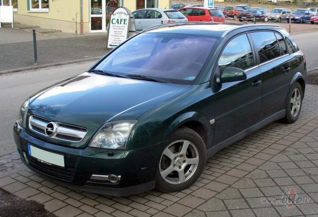 Opel Signum foto attēls