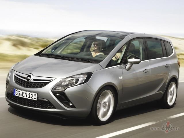 Opel Zafira foto attēls