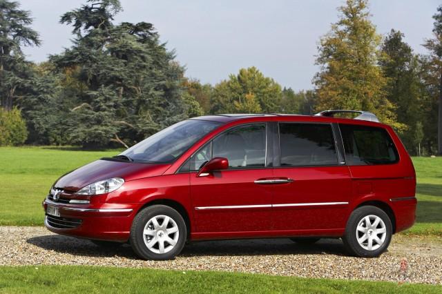 Peugeot 807 foto attēls