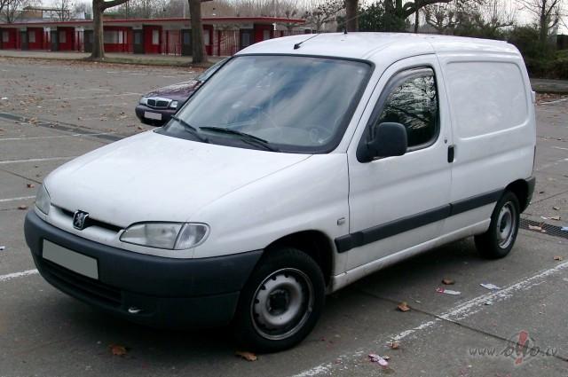 Peugeot Partner foto attēls