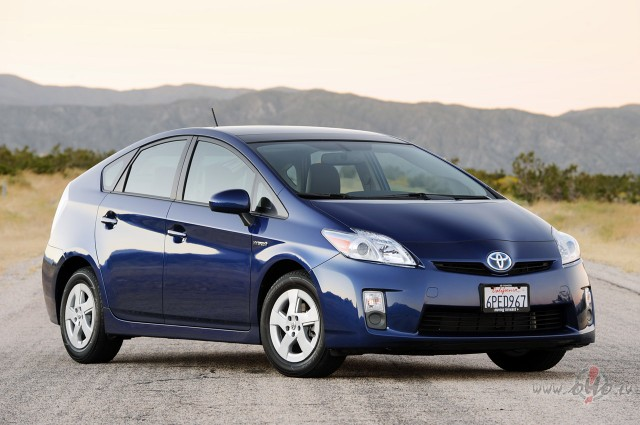 Toyota Prius foto attēls