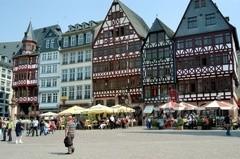 Ko lai sadara Frankfurtē? foto