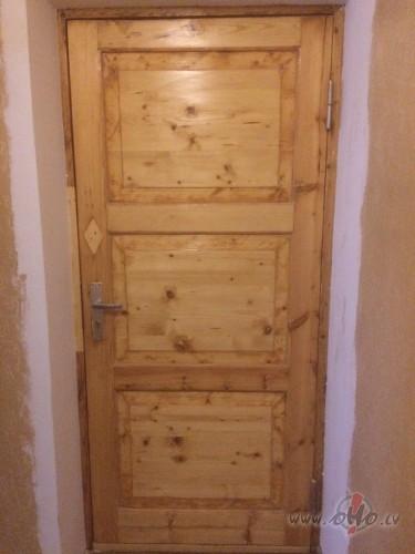 Koka durvju restaurācijas izmaksas. foto
